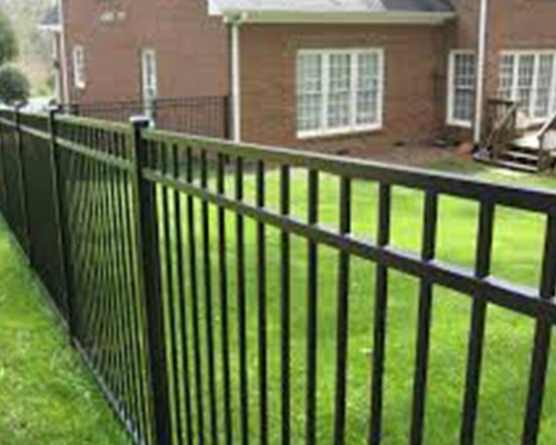 vinyl fence vs aluminum fence - blacklinehhp - privacy fence